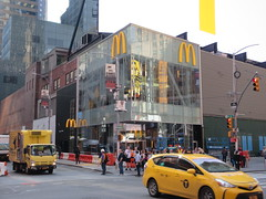 Weird Automat McDonald's Fast Food Restaurant 8346 (Brechtbug) Tags: automat mcdonalds fast food restaurant billboard times square broadway midtown manhattan west foods restaurants 2019 new york city nyc may spring 05172019 building exterior facade architecture inns burger joint hamburger hamburgers line queue eats gourmet like foodstuffs cheap now open but flat paper surface possible location future fake automats