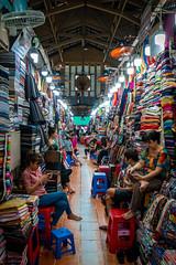 boring day (Frank KR) Tags: saigon vietnam market people basar asia asien hochiminh woman girl smartphone