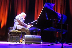 Rick Wakeman - Live at the Apex, Bury St Edmunds 16th May 2019 (kitmasterbloke) Tags: rickwakeman piano theapex burystedmunds live concert gig tour music instrument stage kights indoor