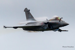 Dassault Rafale 4-GH Armée de l' Air Rafale Solo Display RSD NATO Tiger Meet 2019 (Florent Péraudeau) Tags: dassault rafale 4gh armée de l air solo display rsd d force nato tiger meet 2019 mont marsan rafalesolodisplay dassaultrafale armeedelair frenchairforce baboucnativel soundbarrier mach1 mach 1 low pass lowpass ba118 base aérienne 118 la « colonel rozanoff » larmée lair française est située à dans le département des landes canon eos1d mark iv 60600mm f4563 dg os hsm | sports 018 eos 60 600 mm