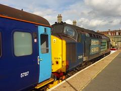 Lowestoft (ee20213) Tags: directrailservices lowestoft eastanglia suffolk 37419 carlhaviland abellio 374 greateranglia class37 wherrylines mk2 5787