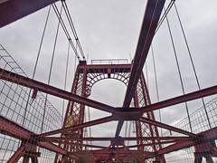 Biskaya-Brücke / Biskaya-Bridge # 7 (schreibtnix on'n off) Tags: reisen travelling europa europe spanien spain portugalete menschen people brücke bridge biskayabrücke biskayabridge olympuse5 schreibtnix