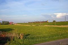 2 x NS IC-3  -  IC 770  Groningen - Den Haag Centraal  - Hattem (Rene_Potsdam) Tags: hattem nederland gelderland railroad treinen trains trenes züge europe europa ic3 koploper nederlandsespoorwegen