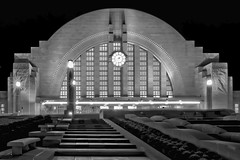 Cincinnati Museum Center at Union Terminal, 1301 Western Avenue, Cincinnati, Ohio, USA / Built: 1933 / Architects:  Alfred T. Fellheimer, Steward Wagner, Paul Philippe Cret, Roland Wank / Architectural Style: Art Deco / Designated NHL: May 5, 1977 (Photographer South Florida) Tags: cincinnatimuseumcenteratunionterminal 1301westernavenue cincinnati ohio usa built1933 alfredtfellheimer stewardwagner paulphilippecret rolandwank artdeco may51977 cityscape city urban downtown density skyline skyscraper building highrise architecture centralbusinessdistrict hamiltoncounty cosmopolitan metropolis metropolitan metro commercialproperty buckeyestate realestate tallbuilding commercialdistrict commercialoffice residential condominium carewtower greatamericantower ohioriver mtadams pricehill pnctower fountainsquare proctergamble newport kentucky covington cincinnatiunionterminal ludlow kentoncounty mtechopark riverboat scrippscenter riverfront skystarobservationwheel metrocincinnati