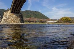Sous le pont (stephanexposeinjapan) Tags: japon japan asia asie stephanexpose kintaikyo iwakuni canon 600d 1635mm pont bridge eau water river rivière