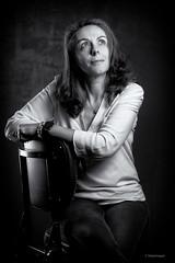My Girl (sdupimages) Tags: éclairage lightings noirblanc noiretblanc blackwhite portrait woman femme studio bw nb monochrome composition elegant