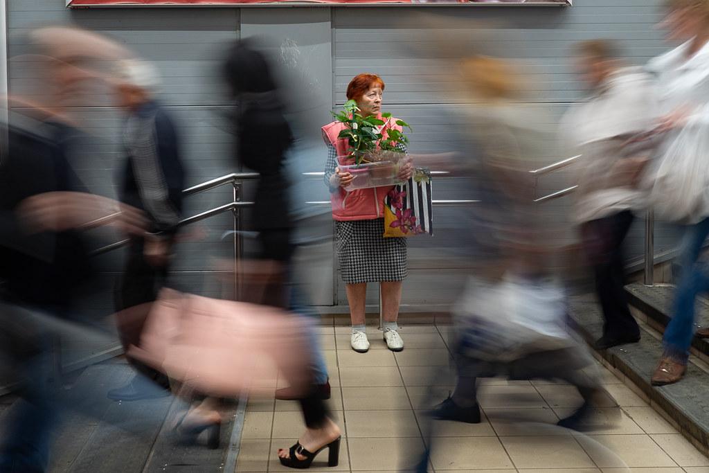 фото: Suburban train station near Moscow / Станция Мытищи