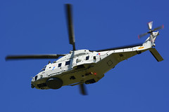 NH90-NFH N-324 spc cn 1324:NNLN17 RNethNavy 860Sqn (Bevrijdingsdag) 160505 Schiphol 1002 (Nikon Photographer NL) Tags: rnethafnavy military dutch nederlands aviation
