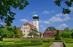 Barockschloss Delitzsch / Sachsen (Harald52) Tags: barockschloss delitzsch sachsen park gebäude architektur geschichte
