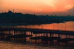 Golden Horn, Istanbul (sdhaddow) Tags: istanbul turkey dusk skyline sunset bridge water