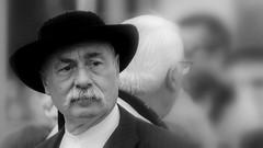 Portrait (patrick_milan) Tags: treouergat plouguin ploudalmezeau finistere man homme portrait breton hat