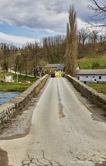 Stari kameni most preko Dobre u Novigradu (MountMan Photo) Tags: novigradnadobri kamenimost karlovačkažupanija croatia rijekadobra landscape krajolik trees drveće nebo sky oblaci clouds