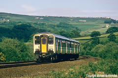 White Nosed Sprinter At Mytholmroyd (Michael McNicholas) (Neil Harvey 156) Tags: railway 150237 mytholmroyd caldervalley class150 secondgenerationdmu sprinter dmu multipleunit regionalrailways snow michaelmcnicholas