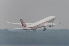 VP-BHD Airbus A330-243 Prestige (4) (Disktoaster) Tags: dus düsseldorf airport flugzeug aircraft palnespotting aviation plane spotting spotter airplane pentaxk1