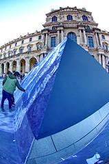 510 Paris en Mars 2019 - La Pyramide du Louvre et JR, 30eme anniversaire (paspog) Tags: paris france louvre lelouvre pyramide pyramidedulouvre jr 30emeanniversaire mars march märz 2019