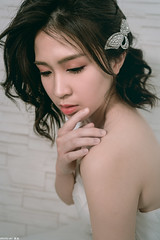 III09599 (HwaCheng Wang 王華政) Tags: 人像 外拍 時裝 婚紗 棚拍 md model portraiture sony a7r3 ilce7rm3 a7r mark3 a9 ilce9 24 35 85 gm dress wedding 新娘 造型