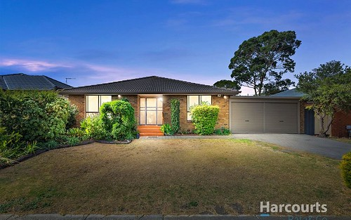 10 Christie Avenue, Mill Park VIC 3082