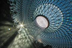 Jewel - Changi Airport (Chas Pope 朴才思) Tags: 1022mm 2019 jewel jewelchangiairport moshesafdie safdieassociates singapore architecture changiairport