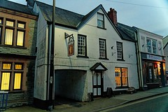 Chepstow, Queens Head (Dayoff171) Tags: gbg greatbritain gwent wales boozers unitedkingdom gbg2019 pubs publichouses europe