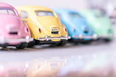Beetles in Pastels (Maria Eklind) Tags: dof car colorful beetle malmö macromondays bubbla reflection spegling sweden pastellfärg closeup bil pastel depthoffield