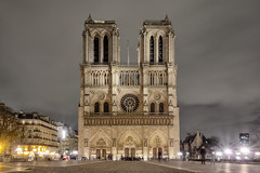 Notre-Dame (Beau Finley) Tags: beaufinley france paris notredame cathedral church architecture longexposure night nuit centered center