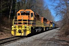 BP 3341 Extra at East Salamanca, NY (bobchesarek) Tags: bprr buffalopittsburghrailroad hoppers railroad trains locomotive emdsd403