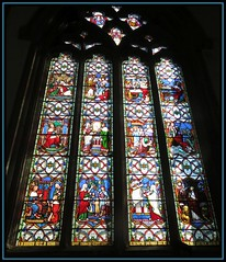 St Mary Magdelene Church, Newark (M E For Bees (Was Margaret Edge The Bee Girl)) Tags: newark nottinghamshire stmarymagdelene church canon christianity churchofengland anglican window stained glass indoors light pictures red blue old building religion