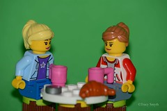 Coffee (105/365) (Tas1927) Tags: 365the2019edition 3652019 day105365 15apr19 lego minifigure minifig