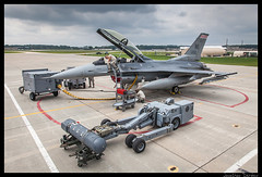 Badgers (jderden77) Tags: northernlightning military aviation aircraft airplane jet fighter volk kvok f16 fightingfalcon viper 176fs badgermilitia wisconsinang airnationalguard usaf airforce 115thfighterwing 115fw
