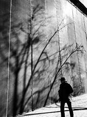 (nVa17) Tags: strangers lightandshadow urban urbanelements city april april2019 spring perm пермь street streetphoto streetphotography streetphotographers photostreet igstreet lensculture wearethestreet everydayrussia everybodystreets capturestreets ourstreets thestreetphotographyhub blackandwhitephotography blackandwhite blackwhite bnwcity bw чб
