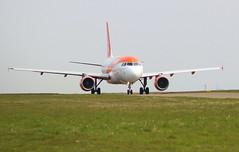 Easyjet G-EZII Airbus A319-111 at Durham Tees Valley Airport MME England UK Crew Training (thelastvintage) Tags: easyjet gezii airbus a319111 durham tees valley airport mme england uk crew training first flight date 28042005 25052005 spiritofeasyjet2018 teamtegel durhamteesvalleyairport teessideairport