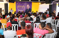 "Duvergé Asamblea • <a style=""font-size:0.8em;"" href=""http://www.flickr.com/photos/161609591@N05/33744838858/"" target=""_blank"">View on Flickr</a>"