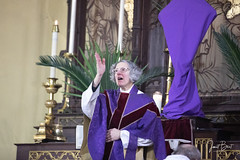 _MG_0275 (redroofmontreal) Tags: red palmsunday stjohntheevangelist saintjohntheevangelist church christian anglican anglocatholic highanglican montreal janetbest janetbestphoto mass churchservice