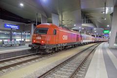 ÖBB 2016 015 Wien Hauptbahnhof (daveymills37886) Tags: öbb 2016 015 wien hauptbahnhof siemens eurorunner hercules