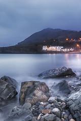 ... evening at the seafront... (Jane Friel) Tags: sea seascape seafront seashore seaandsky seaside evening eveningsky eveninglight bray brayseafront braypromenade brayhead janefriel janefriel2019 rocks rocky