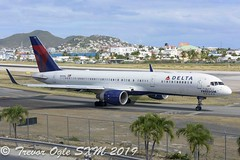 DSC_8026Pwm (T.O. Images) Tags: n694dl delta airlines boeing 757 spirit freedom sxm st maarten princess juliana airport