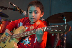 DSC01641 (NYC Guitar School) Tags: nycgs nyc new york city guitar school recital 41319 performance music kids teens band rock plasticarmygirl ues 2019 upper east side
