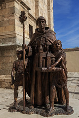 Catedral Magistral de Alcalá de Henares (Pablo Rodriguez M) Tags: alcaládehenares madrid españa spain estatua statue catedral cathedral