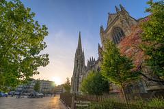 Saint Michel II (PaaulDvD) Tags: bordeaux city gironde aquitaine france colors reflet sun sunset blue urbanscape cityscape