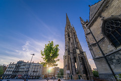Sunset in Town (PaaulDvD) Tags: bordeaux city gironde aquitaine france colors reflet sun sunset blue urbanscape cityscape