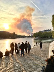 Notre-Dame (Baptiste Jaussoin) Tags: clouds notredame paris france cathédrale cathedral feu incendie 15 avril 2019 fire blaze sunset orange fumée smoke burning brûle flammes flame church quais la seine