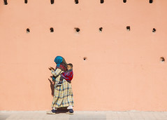 (FelixPagaimo) Tags: people baby carry walk walking morocco marrakech felixpagaimo street photography