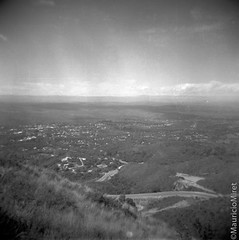 Holga-Acros-01-04.jpg (Mauricio Miret) Tags: epsonv600 holga acros100 ilfosol silverscan bw film blackandwhite