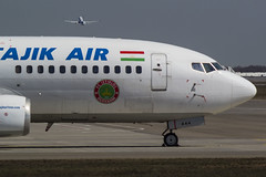 EY-444 Tajik Air Boeing 737-3L9 (Nathan_Ivanov) Tags: airplane aircraft vko vnukovo uuww spotting boeing boeing737 tajikair