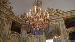 Chantilly, Oise - France (Mic V.) Tags: château de chantilly chateau castle renaissance building architecture french history histoire france oise grand cabinet monsieur le prince chandellier condé conde duke duc bourbon
