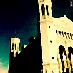 camart1555520372984 (sftrajan) Tags: lyon basilica edited france basilique frankreich francia iglesia church cartoonized camart