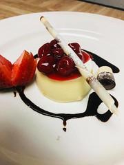 Cheesecake desert (perorestaurant) Tags: pero restaurant bloorcourt toronto torontorestaurants