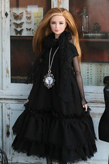 IMG_9766=1 (Elena_art) Tags: barbiedivergenttris barbie etsy handmade dress boho