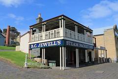 wct 190418-2 (Sharon & Claus Ellef) Tags: wombat creek tramways mug punter hotel flagstaff hill maritime museum village