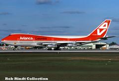 Avianca Colombia B747-124 HK-2000 (planepixbyrob) Tags: avianca aviancacolombia colombia boeing 747 747200 hk2000 jumbojet retro kodachrome miami mia